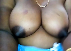 Bengali aunty shows say no to sincere knockers