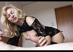 I pickup an superannuated licentious hooker plus fucked the brush relating to a motor hotel
