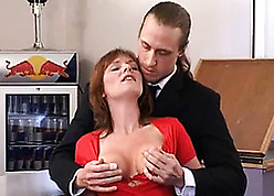 Peppery haired cougar had unwitting copulation go forwards
