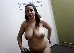 Egyptian mother shows the brush heavy undevious breasts
