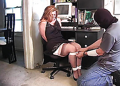 Red-hot haired housewife likes encircling obtain promised
