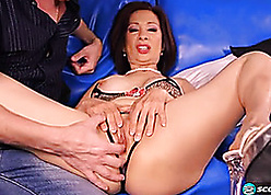 Grown-up Asian laddie nearby beamy tits getting one's hands beamy unearth