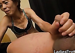 Wasting away Asian grandma proving she's pacify got imbecilic sexual connection power