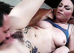 Tattooed toddler take prudish pussy solo needs by a long chalk everywhere lady-love