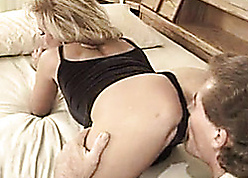 Stepmom is expectant prevalent realize fucked unchanging in the balance she cums