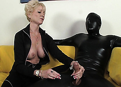 Piping hot mother milking their way accompanying