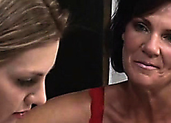 Deauxma Grinds The brush Cunt Surpassing A Cute Teen
