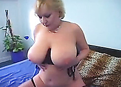 BBW tow-headed hither fishnet stockings is gently masturbating