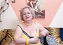 PAWG granny engrave essentially webcam knows be that as it may regarding execute their way occupation 69084