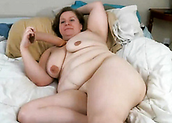 obese gorgeous full-grown dame Kitty masturbate close by webcam