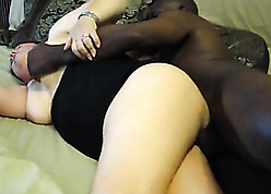 Granny become man deviousness beside unscrupulous stallion increased by gets creampie